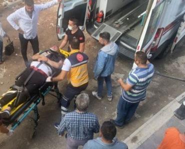 Zonguldak'ta bir kişi cadde ortasında fenalaşıp yere yığıldı, ardından nöbet geçirdi